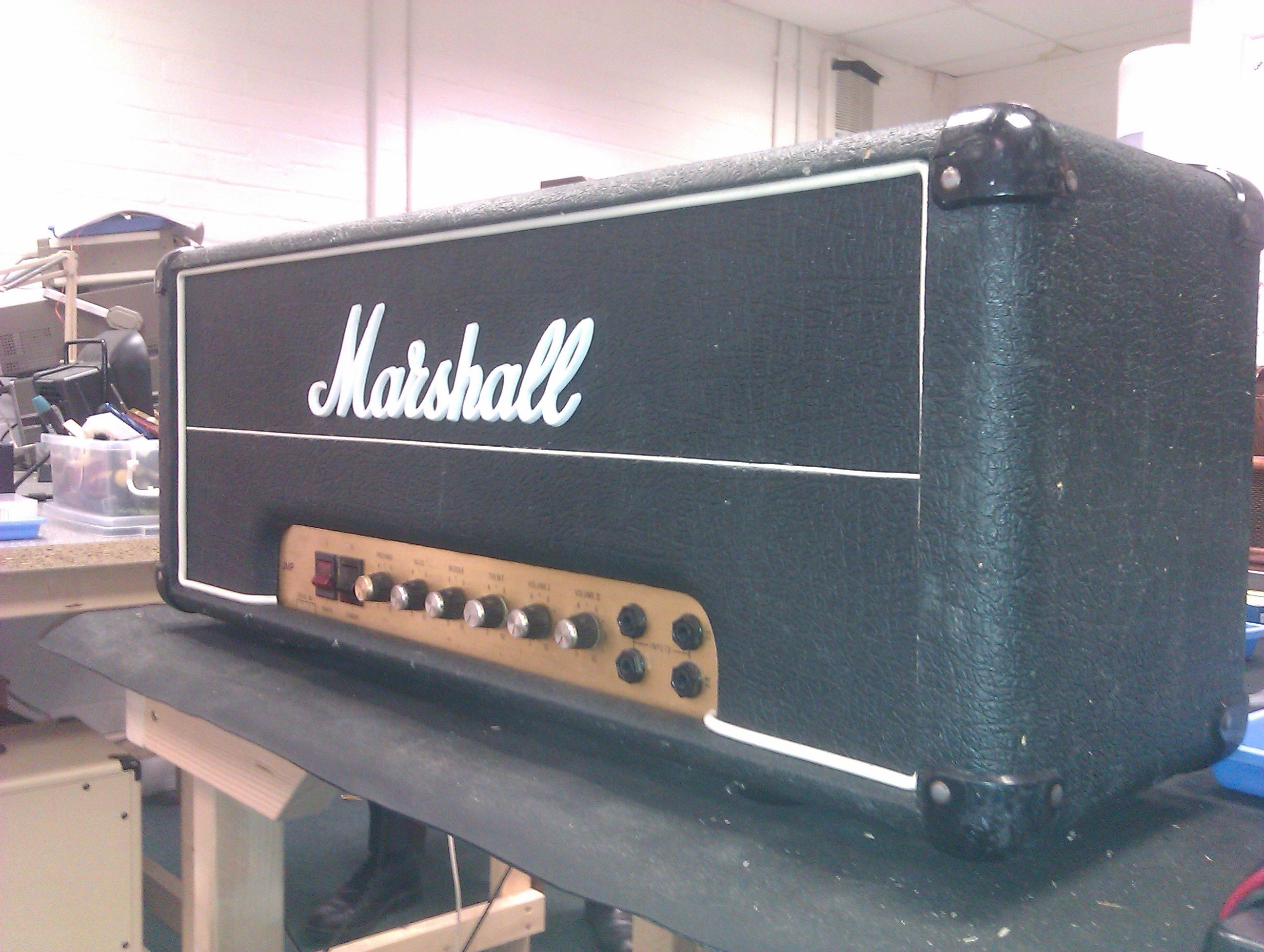 Classic bass sound from this lovely old Marshall amp.