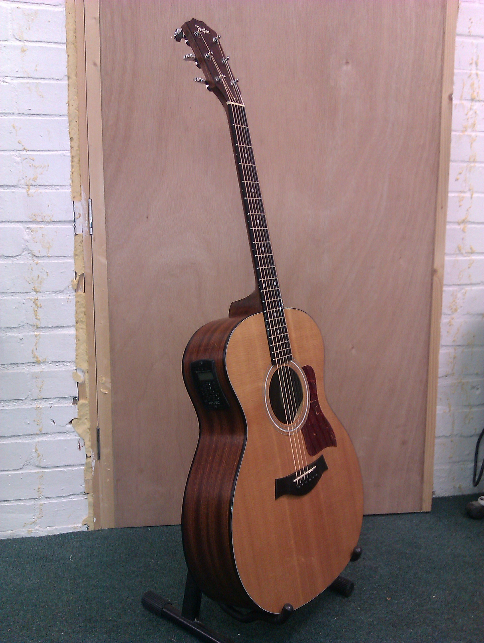 Taylor Model 114 with electro-acoustic conversion