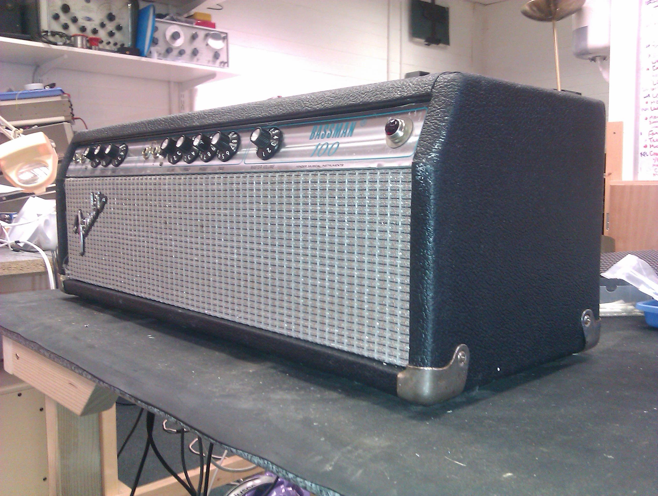 Great classic bass amp, also works superbly as a clean and toneful guitar amp.